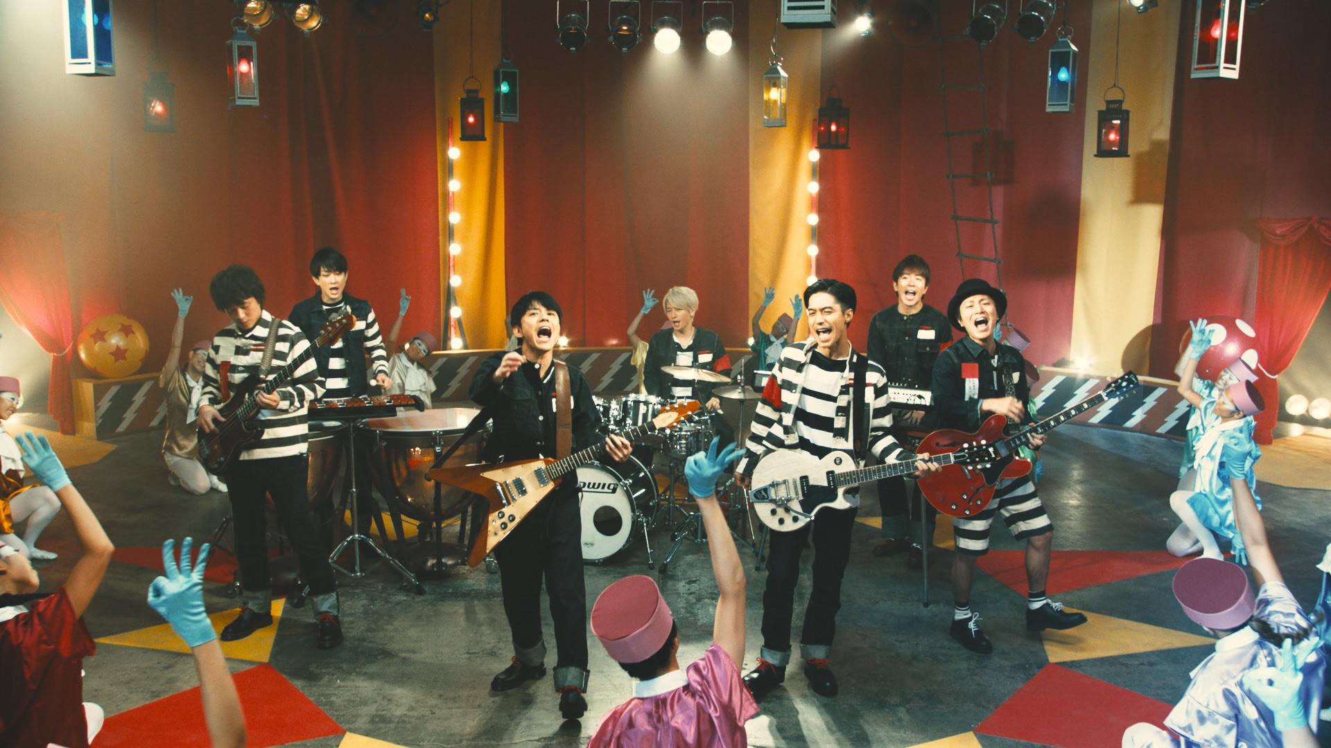 感情的に歌う渋谷すばる