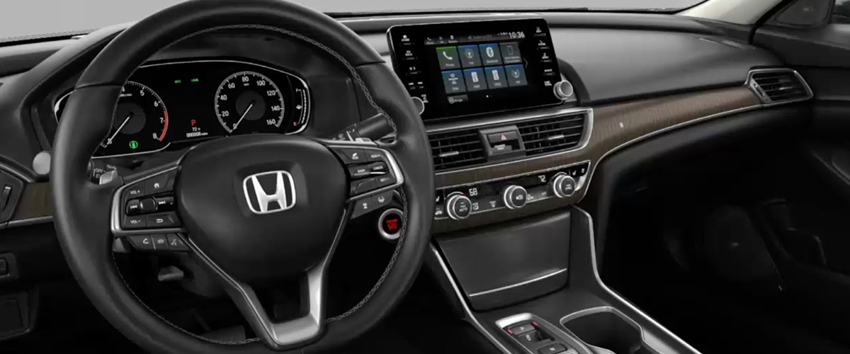 The All-New 2018 Honda Accord Hybrid Sedan interior console at Jay Honda