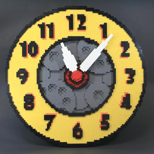 Arthur Sacek Lego Clock