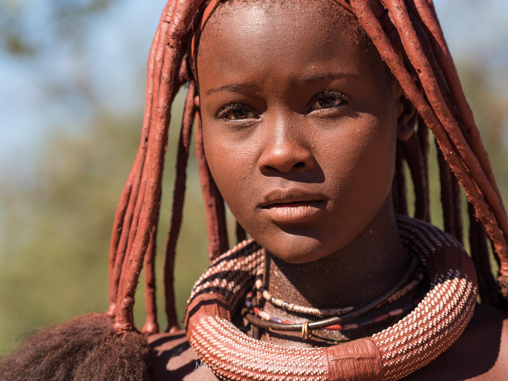 трогать фото дикие негритянки фото соски