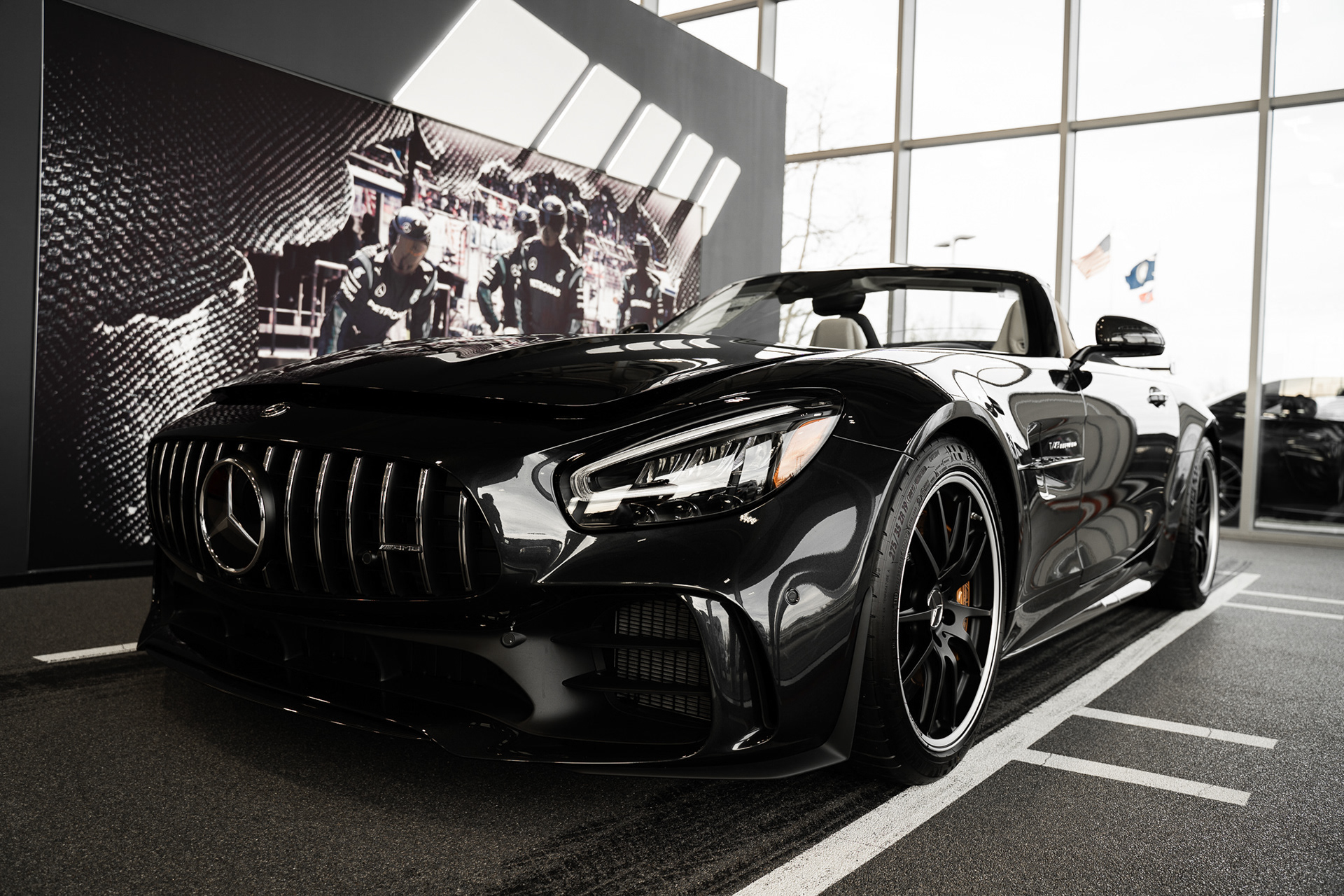 ISED Designs - Fort Mitchell Mercedes-Benz Shoot