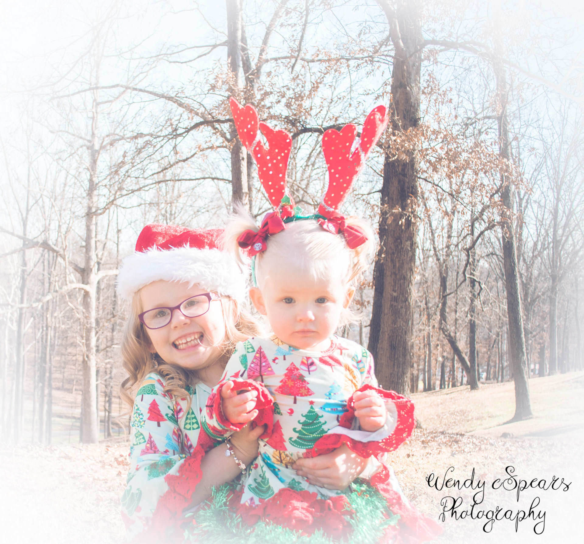 Wendy Spears - Kaylens Girls Christmas Pictures